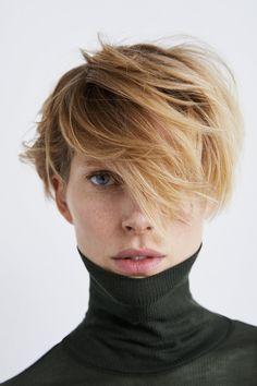 Short Hair Cuts, Short Hair Styles, Androgynous Hair, Girls Short Haircuts, Hair Essentials, Grunge Hair, Love Hair, Green Hair, Hair Today