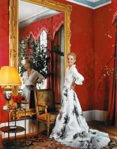 Carolina Herrera - the epitome of chic (The Peak of Chic®: Damask Impressions) Girls Apartment, Ch Carolina Herrera, Ball Skirt, Classic Outfits, Elle Decor, Mother Of The Bride, Damask, Style Icons, Chic