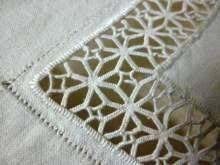 Risultati immagini per parure lenzuola matrimoniali ricamati a mano