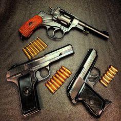 Nagant M1895 Revolver, M57 Tokarev pistol and Polish P-64 Makarov pistol.
