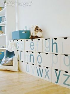 mini meez: super (and affordable!) storage ideas - Love everything about this room.