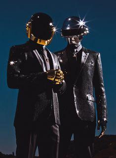 Daft Punk cover story on Pitchfork Thomas Bangalter, Punk Art, Dubstep, Kanye West, Moda Cyberpunk, Punk Guys, Home Music, Dj Music, Rapper