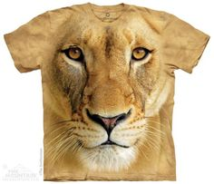 The Mountain Smithsonian T-shirt | Big Face Lioness