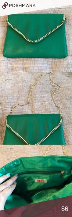 Green bag clutch or cross body Can be used as a clutch or use the gold cross body chain.  Bundle and save! Bags Crossbody Bags
