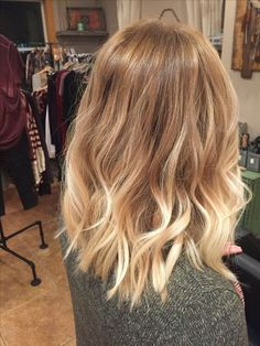 Ich hasse so viel Klasse, die keine Klasse ist, mache Aktivität und zeige, was po zu Hause ge… I hate so much class that is not a class, do activity and show what po has done at home Balayage Hair, Ombre Hair, Dying Hair Blonde, Blonde Balayage Honey, Auburn Blonde Hair, Honey Blonde Hair, Blonde Ombre, Blonde Highlights, Great Hair