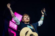 """Si tratta di """"First Times"""" e """"Overpass Graffiti"""", entrambe canzoni d'amore che confermano la centralità dei sentimenti nella scrittura dell'artista britannico David Guetta, Lil Uzi Vert, Coldplay, Green Day, Nostalgia, Ed Sheeran, Twenty One Pilots, Coachella, Billboard"""
