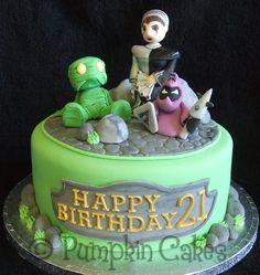 League of Legends cake with edible sugarpaste models