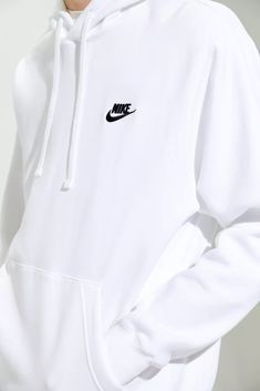 White Nike Sweatshirt, Vintage Nike Sweatshirt, Adidas White Hoodie, Nike Shirt, Cute Nike Outfits, Outfits For Teens, Trendy Outfits, Popular Outfits, Teenager Outfits