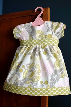 33 Shades of Green: Charlotte Dress