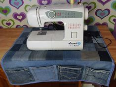 Fantastic No Cost Sewing Machine Organizer, Desk Organizer, Denim Organizer, Small Instruments Organizer - Mary Armstrong - BuyThenNow Strategies I really like Jeans ! And even more I love to sew my own Jeans. Next Jeans Sew Along I'm plannin Sewing Hacks, Sewing Tutorials, Sewing Crafts, Sewing Projects, Sewing Patterns, Sewing Tips, Denim Bag Patterns, Tatting Patterns, Dress Tutorials