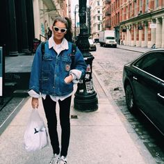 NYC Shopper by Giannina null