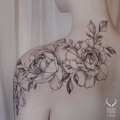 Shoulder roses tattoo