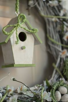 Bird house crafts -- iheartnaptime.net