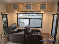 370 Freedom Express Travel Trailers Ideas Coachmen Rv Travel Trailer Adamstown