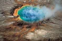 Scientists find missing link in Yellowstone plumbing: This giant volcano is very much alive 04/2015