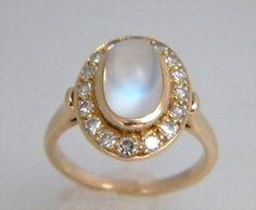 Antique Victorian Moonstone Diamond 14k Ring 4.2Grams