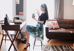 Korea feminine clothing Store [SOIR] art Floral Skirt / Size : S, M / Price : 38.54USD #korea #fashion #style #fashionshop #soir #feminine #special #lovely #skirt #Aline #Orange #blue