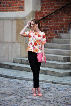 Beautifull Karina in Taranko loose pants. www.karinainfahionland.pl www.e-taranko.com