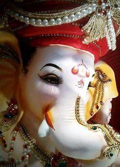 Shri Ganesh Images, Ganesh Chaturthi Images, Ganesha Pictures, Happy Ganesh Chaturthi, Jai Ganesh, Ganesh Lord, Shree Ganesh, Ganesh Statue, Om Gam Ganapataye Namaha