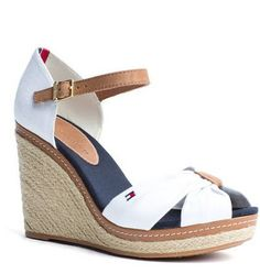 EMERY ESPADRILLES by TOMMY HILFIGER   Find Your Brands Plage, Chaussure,  Chaussures Color eacute  cd3349973f98