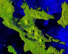 The Copernicus satellite takes us over one of the most active volcanos in the world: Mount Mayon on the island of Luzon in the Philippines. Nasa, Philippines Vacation, Virtual Assistant Services, Active Volcano, Space Images, Earth From Space, Vacation Places, Big Island, Astronomy