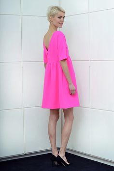 Lisa Perry Pre-Fall 2013 // hot pink dress with a back drop