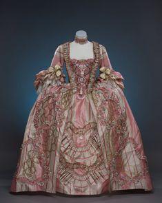 Robe a la francaise century costume reenactment 18th Century Dress, 18th Century Costume, 18th Century Clothing, 18th Century Fashion, Rococo Fashion, Victorian Fashion, Vintage Fashion, Historical Costume, Historical Clothing