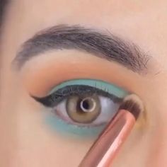 Asian Eye Makeup, Makeup Eye Looks, Natural Eye Makeup, Blue Eye Makeup, Love Makeup, Makeup Pics, Eye Makeup Remover, Beauty Hacks, Beauty Tips
