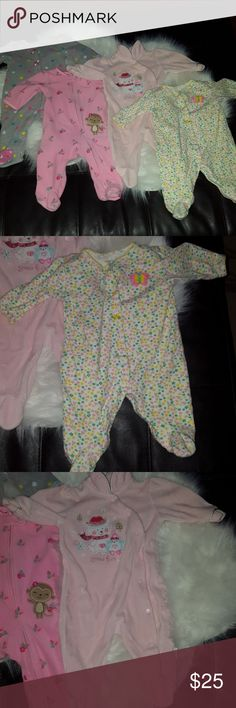 Baby girls 0-3 month footed pajamas Baby girls size 0-3 month footed pajamas all are Fantastic condition with no flaws! Check out my Bebe listings and other baby girl and boys 2T items. I now offer a 20%discount on 3 or more items purchased. Pajamas