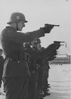 SS training with pistols.