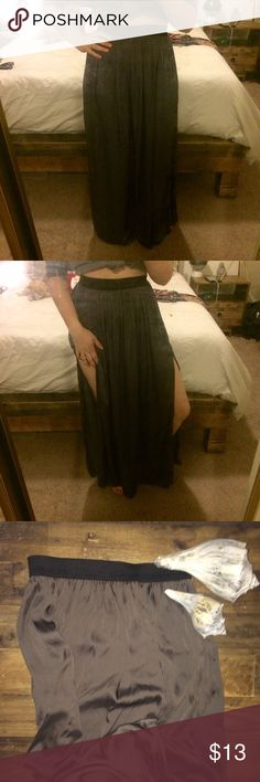 🌺3FOR$15🌺 Maxi Skirt Sleek & sexy double side-slit maxi skirt. Dark silver / charcoal shiny & silky feeling. Black waistband. Forever 21 Skirts Maxi