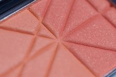 CATRICE 'Apricot Smoothie' Defining Duo Blush (050) http://www.magi-mania.de/catrice-apricot-smoothie-defining-duo-blush-050/