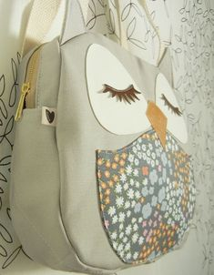 Sooooo cute owl bag!!! OMG, I WANT THIS SO BADLY!! *Cries* Gimmeeeeeeeeee!!!♥