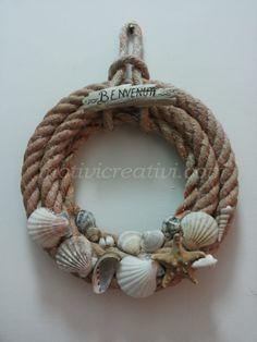 Crafts Shells Source by oschmidtcasper ideas ideas for ganpati Sea Crafts, Rope Crafts, Driftwood Crafts, Nature Crafts, Baby Crafts, Seashell Art, Seashell Crafts, Halloween Girlande, Deco Marine