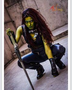 La mujer más peligrosa del Universo... Gamora. Si hubo algo que me llevó a hacer a Gamora fue el parecido que tengo con el personaje... Tanto físico como en forma de ser  Ph.: @mr_j_photographys  #gamora  #gamoracosplay #gamoracosplayer #guardiansofgalaxy #guardiansofthegalaxyvol2 #thorragnarok #infinitywar #avengers #marvelcosplay #marvelstudios #starlord #peterquill #drax #rocketraccoon #groot #nebula