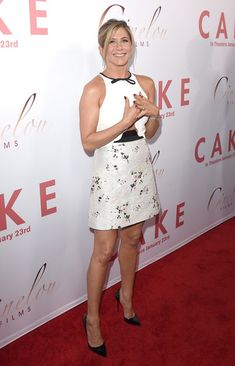 Jennifer Aniston Photos: 'Cake' Premieres in Hollywood