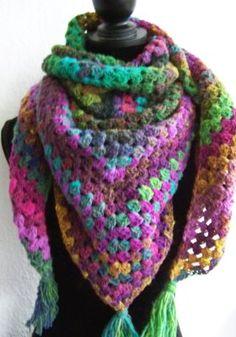Crochet Granny, Crochet Shawl, Knit Crochet, Crochet Amigurumi, Wraps, Practical Gifts, Crochet Clothes, Crochet Projects, Knitting