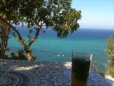 He viajado a Tánger muchas veces pero la última ha sido especial porque iba con mis amores y la verdad es que me he encontrado una ciudad ... #cafehafa #hafa #tanger #tanlla #maroc #morocco #marruecos #viajes #viajar #viajeros #travel #nomadas #traveller