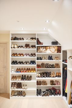 Dressing Room, Closets, Shoe Rack, Sweet Home, Home Decor, Custom Shoes, Custom Furniture, Shoe Shelve, Organization