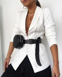 Trends For Women S Fashion 2018 Womens Fashion Online, Fashion 2018, Latest Fashion For Women, Fashion Outfits, Fashion Ideas, Fashion Trends, Blazer Outfit, Moda Outfits, Chloe