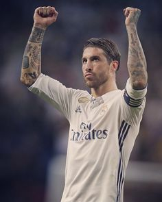 Sergio Ramos w Realu Madryt Ramos Haircut, Real Madrid Captain, Ramos Real Madrid, Captain Fantastic, Messi And Ronaldo, Real Madrid Football, Football Art, Best Player, Best Games