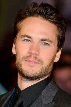 This is Taylor Kitsch aka Tim Riggins from Friday Night Lights. I didn't think he could look better than he already did. Taylor Kitsch, Taylor Rogers, Tim Riggins, Pretty Men, Pretty Boys, Matthew Mcconaughey, Christian Grey, Michael Fassbender, Beautiful Boys
