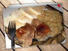 Pečené mäso,dusená kapust, varená knedla