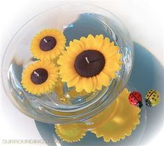Perfect for Fall decorating, popular sunflower candle is and burns 7 hours. Dollar Tree Centerpieces, Floating Candle Centerpieces, Rose Centerpieces, Floating Candles Wedding, Floating Flowers, Cute Candles, Hanging Candles, Unity Candle Holder, Flower Arrangements Simple