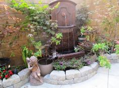 21 Backyard Wall Fountain Ideas to Wow Your Visitors 10