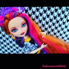 #hollyohair #everafterhighdoll great to #photograph #beautiful #colours!  #dollphotogallery #eahdolls #eah #dollphotoshoot #popularphoto #photography #nikon #nikond3300 #contrast #everafterhighphotography #everafterhigh #dollcollection #dollcollector #red #purple #love #dollphotography  #mattel #fanpage #art #creative by adventureswithlottie