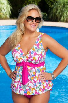 Let your curves do the talking in this fun, feminine Primrose 2 pc plus size bathing suit from our Always 4 Me Swim Collection! The bold, intertwining primrose pattern of this plus size 2 pc swimsuit %