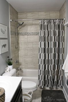Tiny bathroom tub shower combo remodeling ideas 3 in 2019 re Bathroom Tub Shower, Tub Shower Combo, Hall Bathroom, Upstairs Bathrooms, Master Bathroom, Bathroom Gray, Bathroom Small, Bathroom Colors, Simple Bathroom