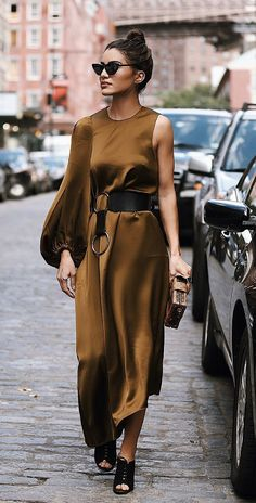Street Style Fashion / Fashion Week Week , Street style fashion / fashion week , Fall Fashion + Style (Women's Fashion Outfits and Trends) Source by Look Fashion, Urban Fashion, Autumn Fashion, Girl Fashion, Fashion Outfits, Womens Fashion, Fashion Design, Fashion Trends, Fashion Ideas