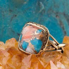 Pandora Jewelry, Resin Jewelry, Jewelry Box, Vintage Jewelry, Jewelry Watches, Unique Jewelry, Diamond Cluster Ring, Diamond Wedding Rings, Cheap Tiles